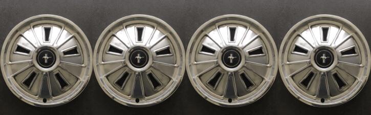 1965 mustang hubcaps